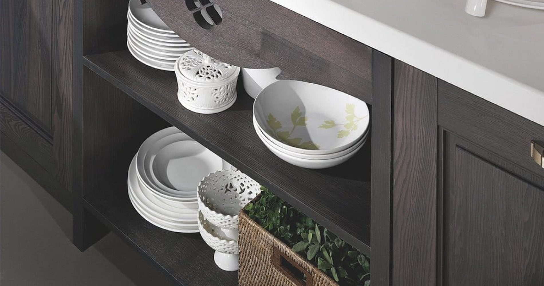 002-classic-kitchen-aisha