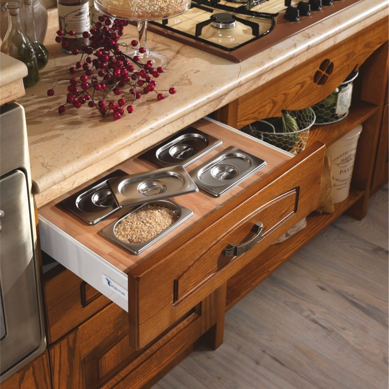 22-classic-kitchen-elena